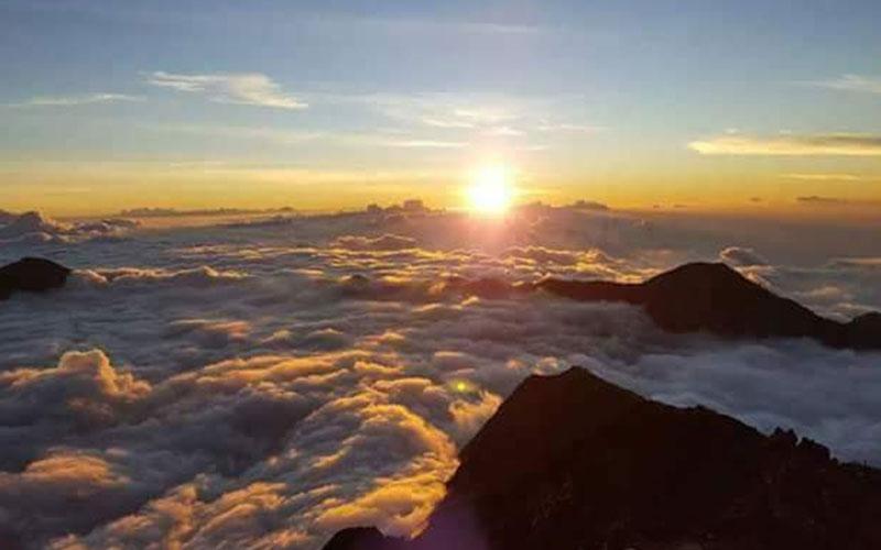 Sunrise from Summit of Rinjani